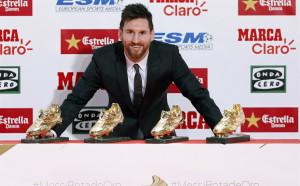 "Луис Суарес даде четвъртата ""Златна обувка"" на Лео Меси"