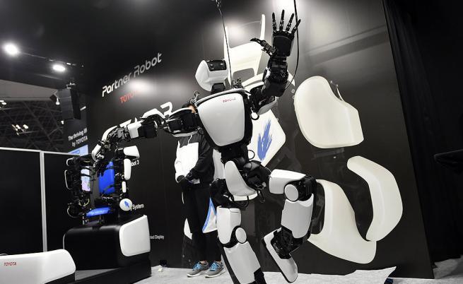 Човек не може без технологии, но и те не могат без него