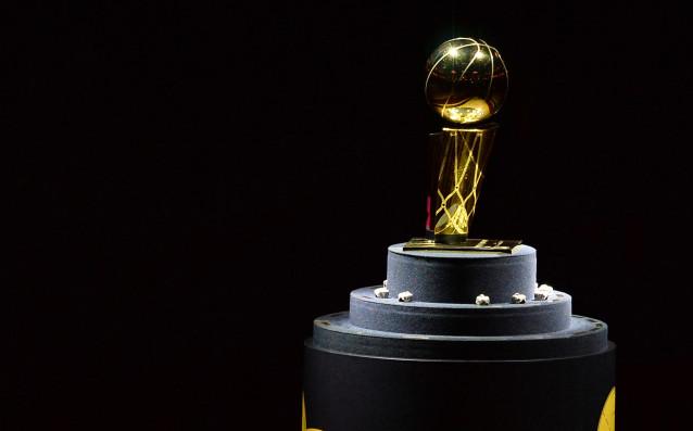 Шампионският трофей Лари ОБрайън<strong> източник: Gulliver/Getty Images</strong>