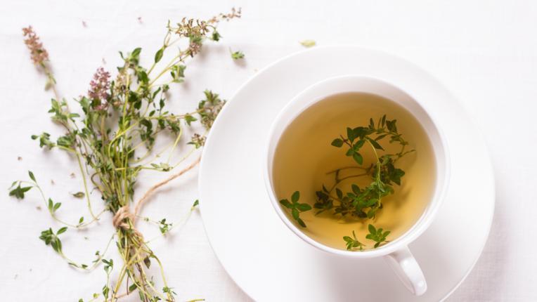 Най-добрите билки срещу киселини в стомаха
