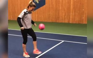 Две в едно: Най-добрата тенисистка, но и най-добрата футболистка