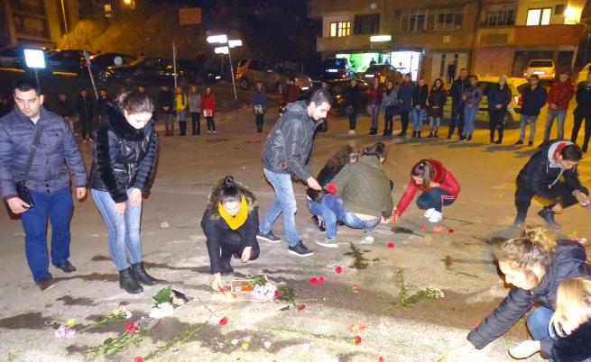Във вторник вечерта фаталното кръстовище бе блокирано от над 400 студенти