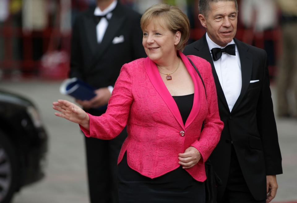 1. Ангела Меркел, Вероятно е излишно изобщо да обясняваме защо госпожа Меркел за поредна година е номер 1 в списъка с най-влиятелните жени. Ще управлява най-голямата икономика в Европа за 4-ти мандат.