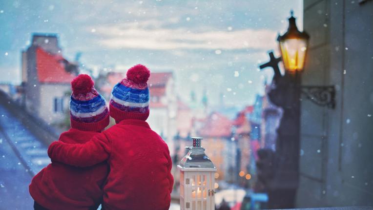 За важните неща, които не опаковаме в цветни хартийки по Коледа