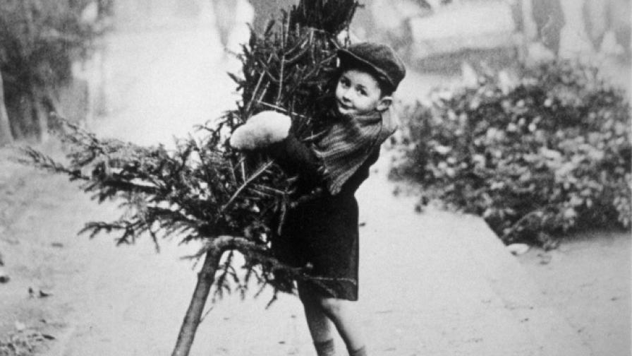 <p>Как е изглеждала Коледа преди близо 100 години</p>