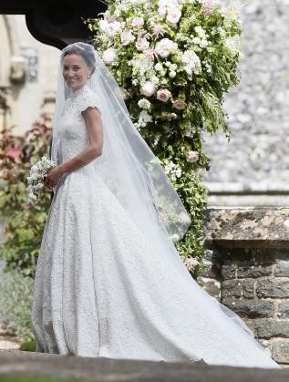 През май тази година сестрата на херцогинята на Кеймбридж Катрин - Пипа Мидълтън, се омъжи за милионера Джеймс Матюс