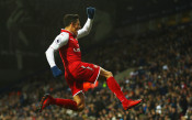 Легенда на Юнайтед: Санчес трябва да отиде в Сити