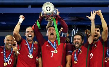 15 славни години от дебюта на Кристиано за Португалия