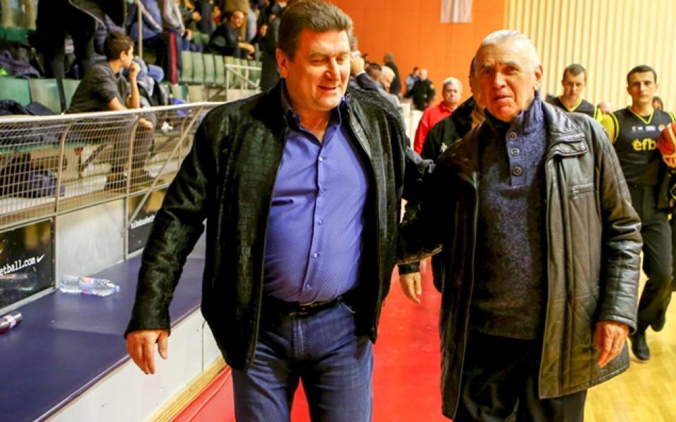 И в Европа обърнаха внимание на рокадите между Левски и Лукойл Академик