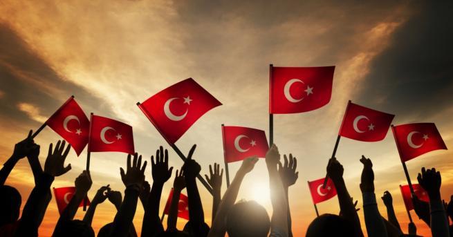 Турското правителство удължи извънредното положение в страната с още три