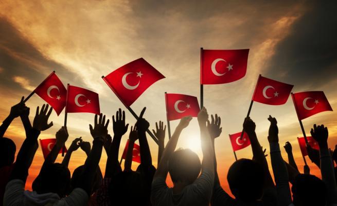 """""""Амнести"""": Смразяващ климат на страх в Турция"""