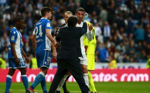 Зверска рана зее на лицето на Роналдо