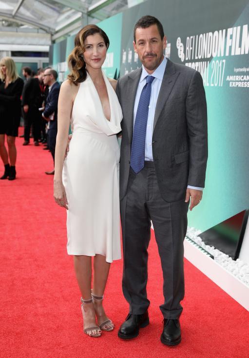 - Съпругата на Адам Сандлър - Джаки е негова фенка преди самата тя да влезе в шоубизнеса.