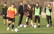 Младоците в Ботев тренират, титулярите почиват