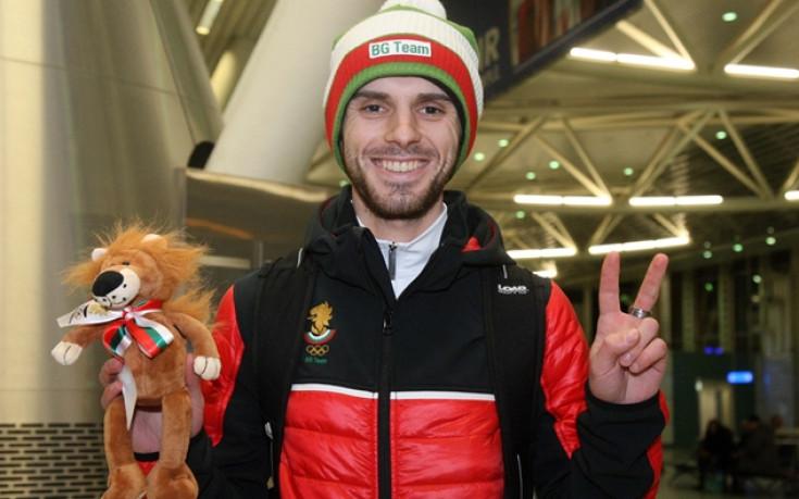 Влади Зографски отпътува за Пьонгчанг, словенският му треньор отбелязва прогрес