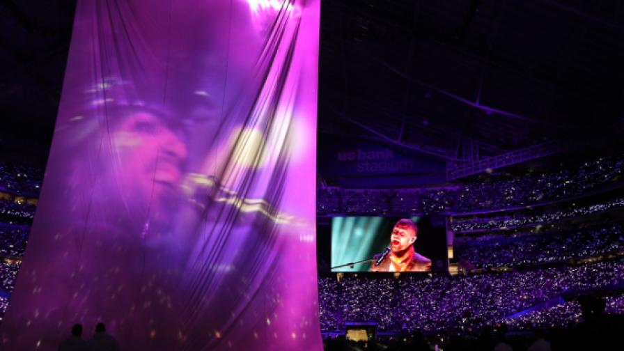 Джъстин Тимбърлейк пя в дует с Принс на Супербоул