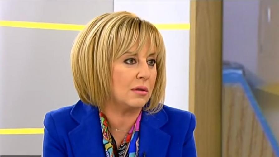 Без прецедент: Мая Манолова ще съди кмета на Хитрино