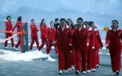 Олимпийците от КНДР отказаха телефоните за подарък