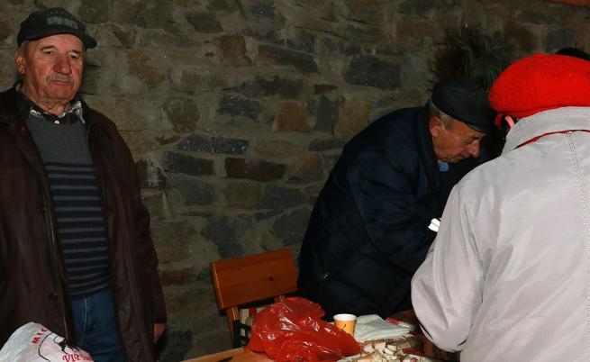 76-годишният Георги е горд със сланина, която не вдига кръвното