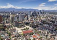 Силен трус в Мексико, жертви от катастрофирал хеликоптер