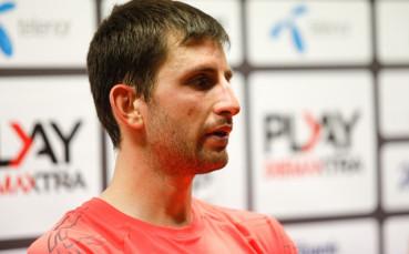 Александър Лазов напред на турнир във Велс