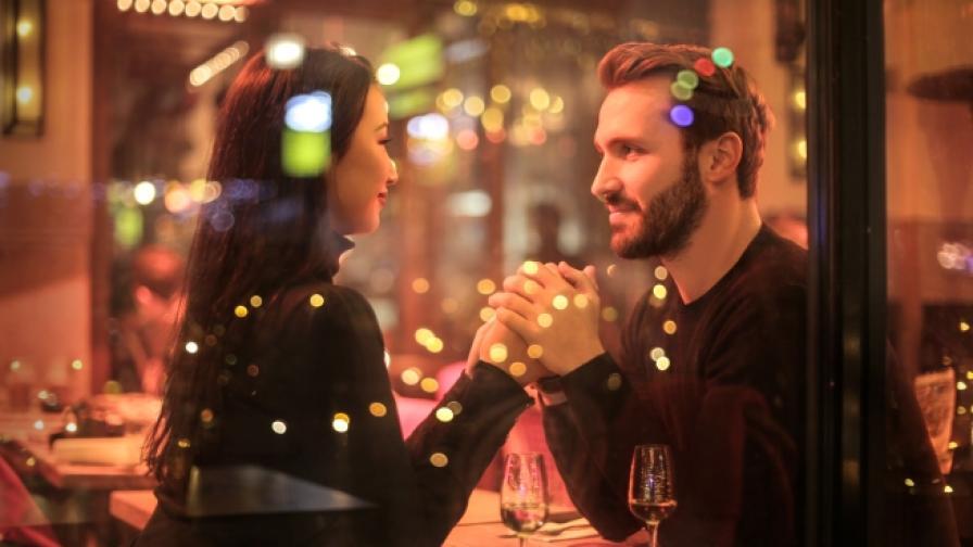 Учени: жените се интересуват повече от финансите на партньора