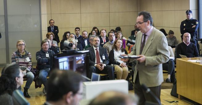 Прокуратурата в Испания поиска между 1,7 години и 5,6 години