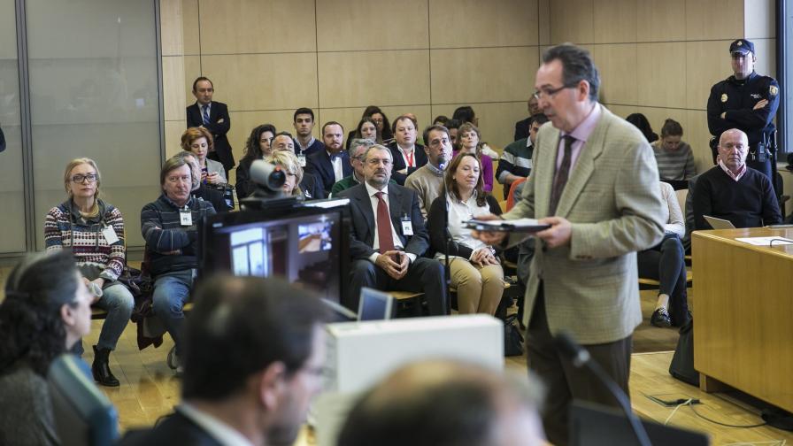 """В Испания искат затвор за депутат от """"руската мафия"""""""