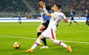 Интер се измъчи с последния в Серия А
