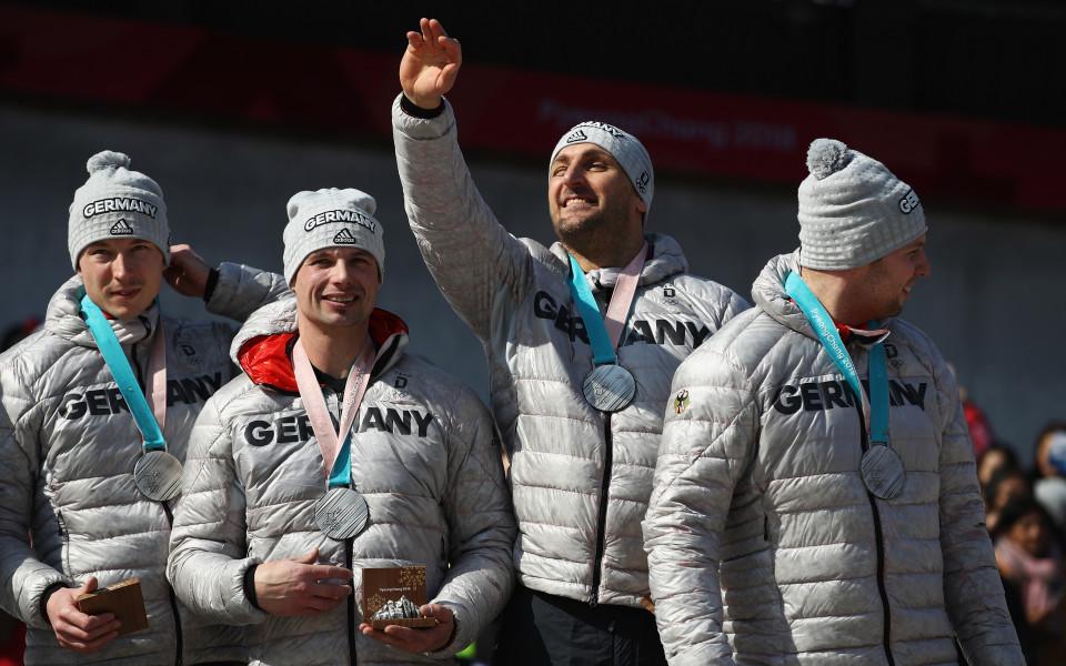 Германия триумфира и в четириместния бобслей, изпревари Норвегия по медали