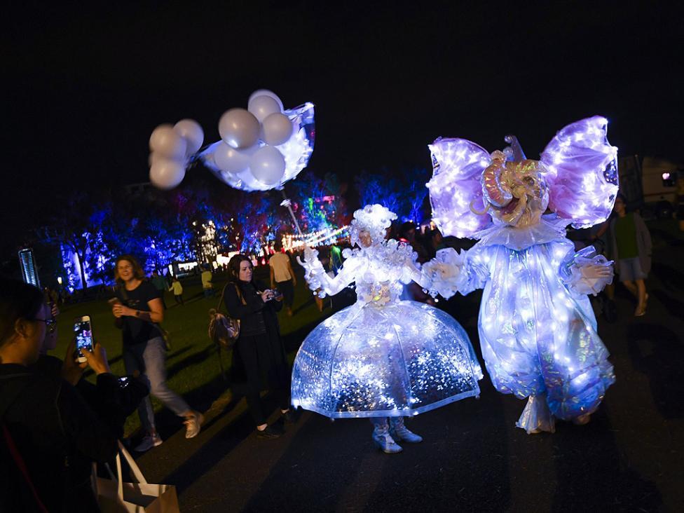 - Фестивал на Светлината в Канбера, Австралия