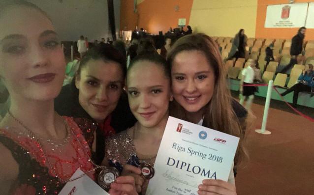 Анна Келман и Татяна Воложанина<strong> източник: facebook.com/BGRGfederation</strong>