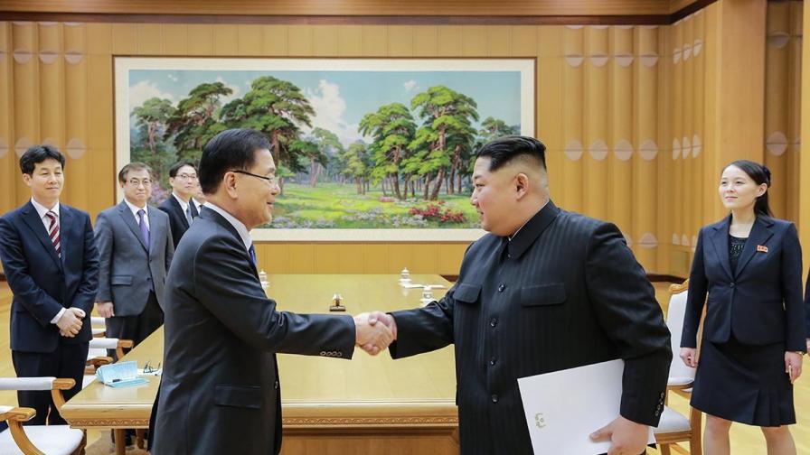 Северна и Южна Корея си подадоха ръка
