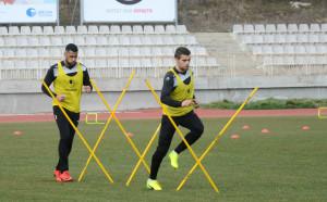 Само 17 играчи тренират с Черно море