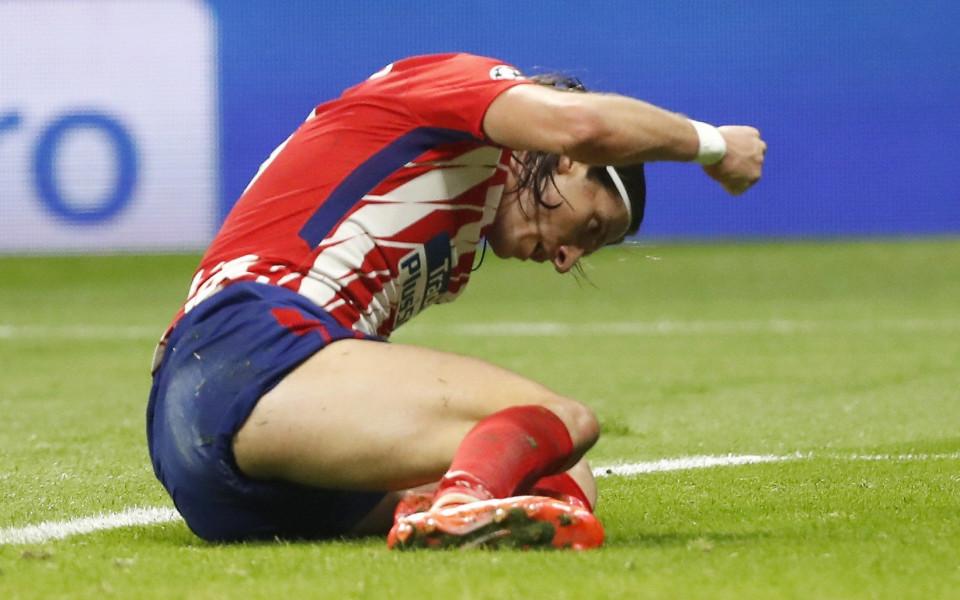 Атлетико даде срок до петък за трансфера на Филипе Луис