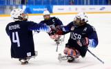 Заедно загубиха краката си, заедно се борят за олимпийско злато