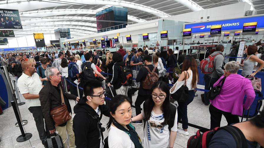 МВнР: Възможна е отмяна на полети от Лондон
