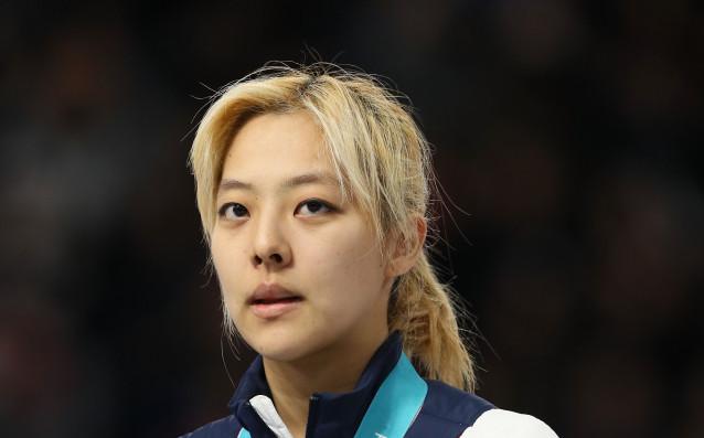 Световната шампионка и сребърна медалистка от Пьонгчанг 2018- корейската състезателка