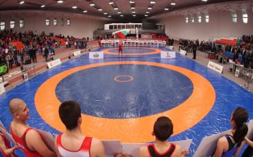 Националите по борба  с шест титли от  турнир в Румъния