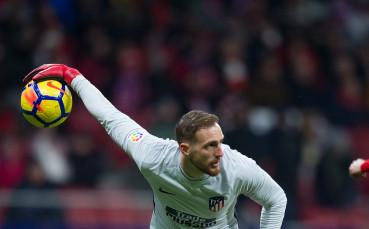 Ян Облак протяга ръка към историята в Ла Лига