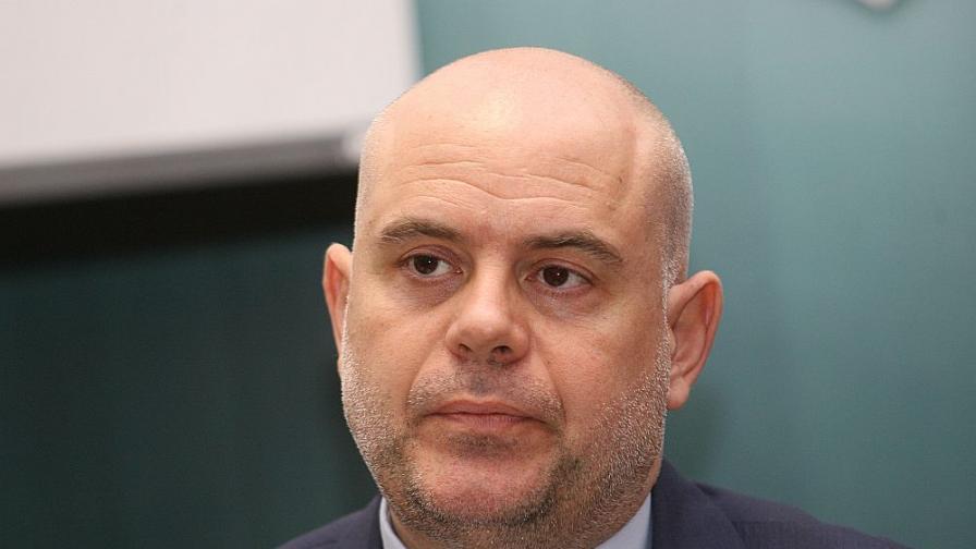 Шефът на спецпрокуратурата стана заместник на Цацаров
