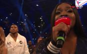Изпълнение на химните сложи началото на голямото боксово шоу