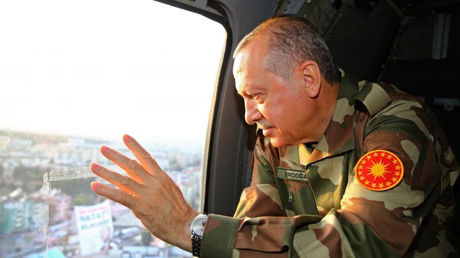 Ердоган: Никой не трябва да търси държава на кюрдите