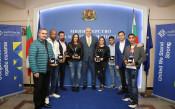 Министър Кралев награди боксьорите<strong> източник: ММС</strong>