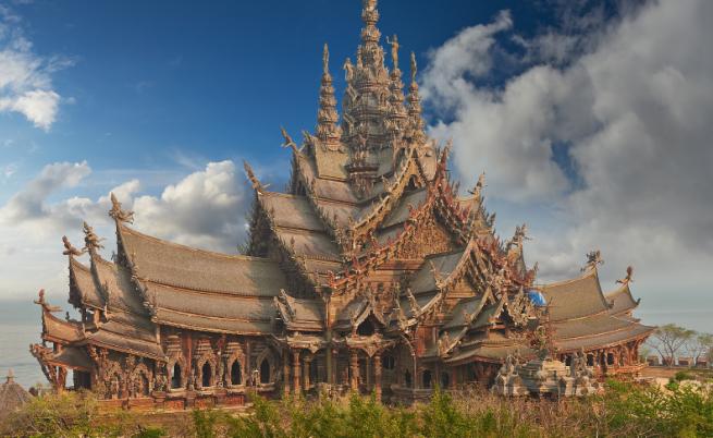 Светилището на истината - едно от най-необикновените места в света
