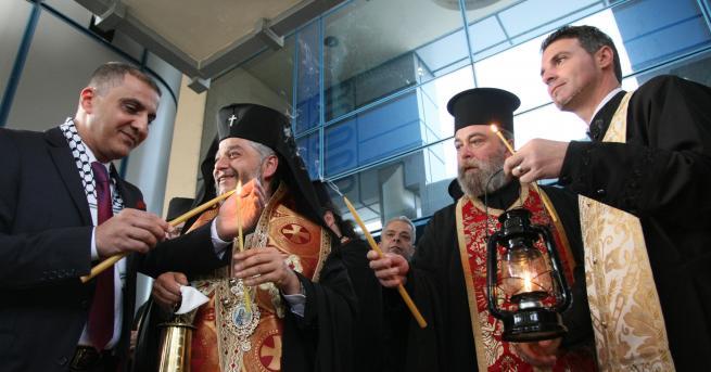 Делегация, водена от Негово високопреосвещенство Западно и Средноевропейският митрополит Антоний