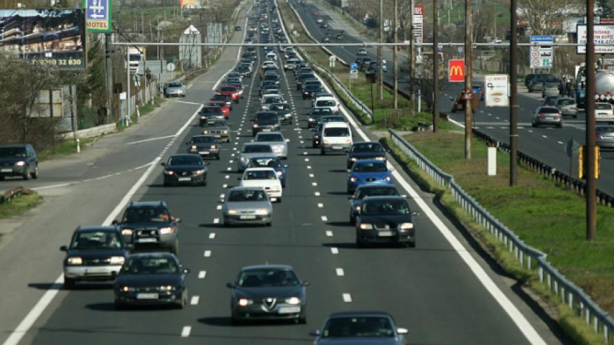 Над 100 хил. автомобила се прибират към столицата