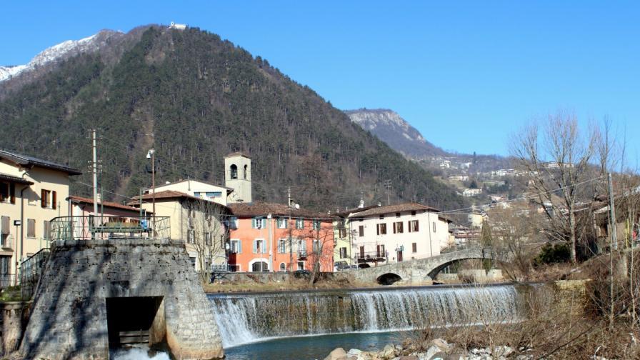 Италианското градче, което произвежда оръжията за цял свят