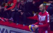 Нефтохимик пречупи ЦСКА за първи успех във финала