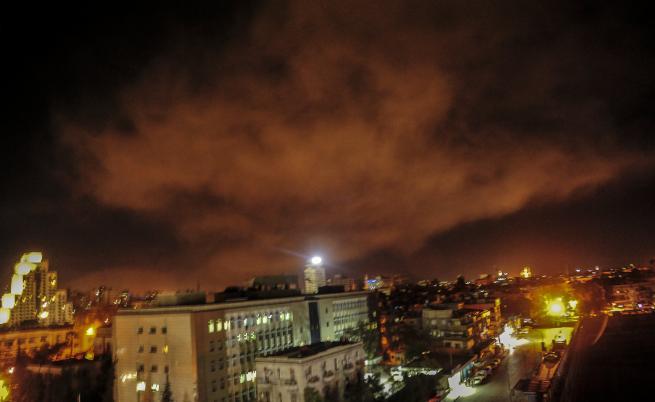 Кюрдите преговарят с режима на Асад, циментирайки властта му в Сирия